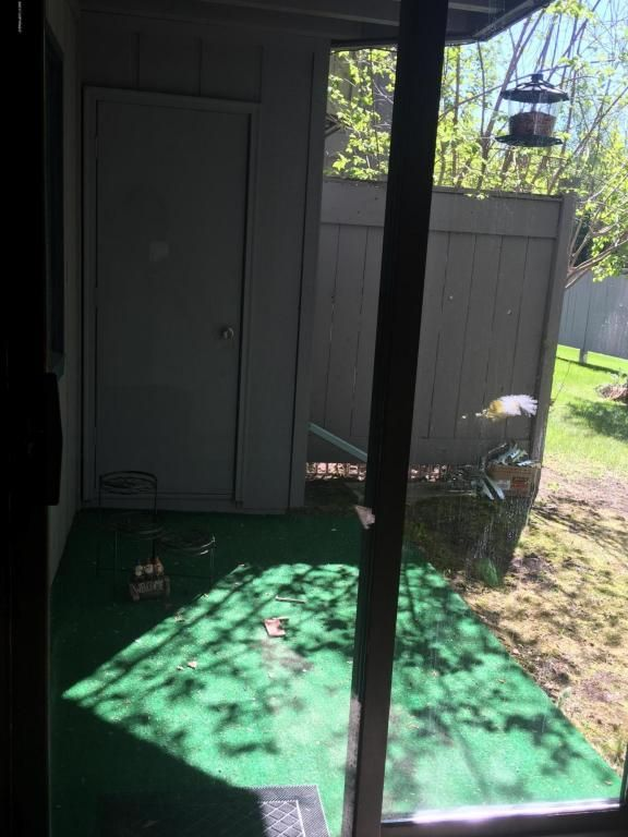 1600 Eastridge Dr., Anchorage, AK 99501 Photo 4