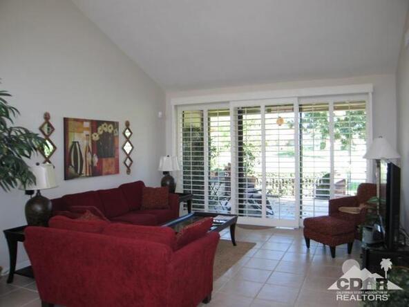 274 Serena Dr., Palm Desert, CA 92260 Photo 3