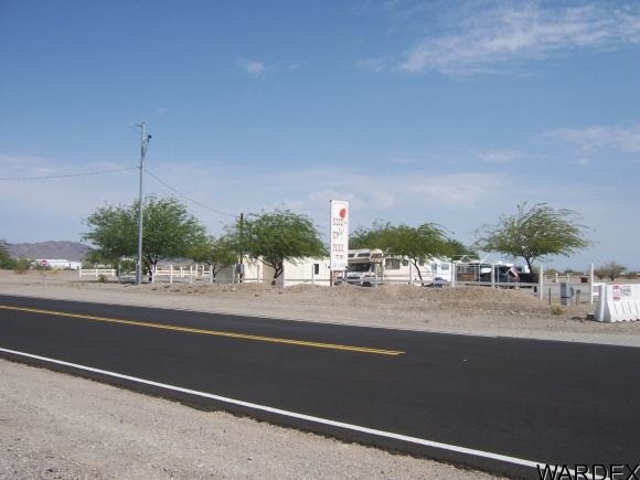 600 E. Kuehn St., Quartzsite, AZ 85346 Photo 1