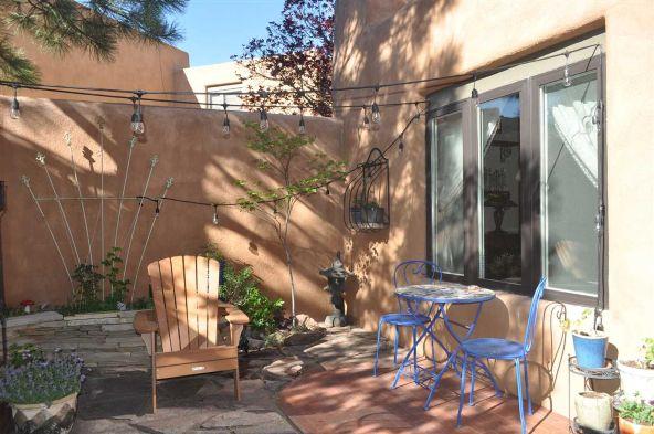 354 Calle Loma Norte, Santa Fe, NM 87501 Photo 21