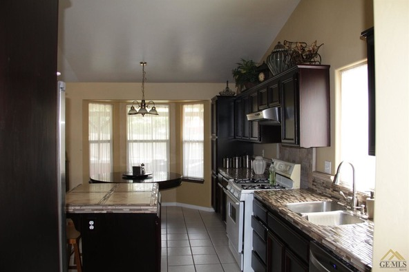 1104 Woodmont Dr., Bakersfield, CA 93312 Photo 25