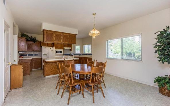 6590 E. Princeton Avenue, Fresno, CA 93727 Photo 3