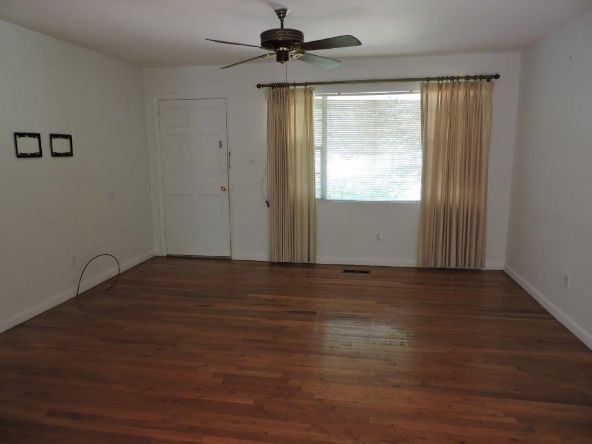 193 Poplar, Alexander City, AL 35010 Photo 4
