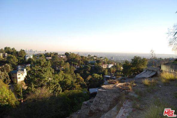 3210 Deronda Dr., Los Angeles, CA 90068 Photo 3