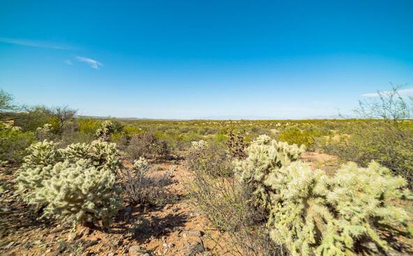 1049 Josephine Saddle Pl., Green Valley, AZ 85614 Photo 4