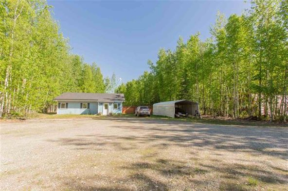 3420 Sharon Rd., North Pole, AK 99705 Photo 4