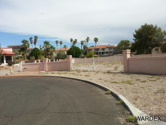 585 Player Ln., Lake Havasu City, AZ 86406 Photo 2