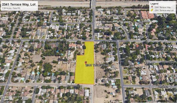 2341 Terrace Way, Bakersfield, CA 93304 Photo 2