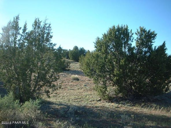 6858 S. Quarter Moon Trail, Williams, AZ 86046 Photo 3