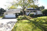 Home for sale: 475 Lakeview Cir., Elk Grove Village, IL 60007