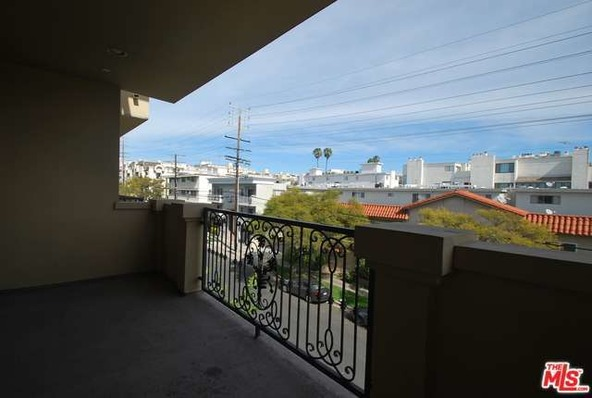 11911 Mayfield Ave., Los Angeles, CA 90049 Photo 8