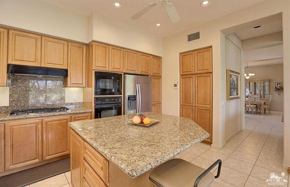 910 Hawk Hill Trail, Palm Desert, CA 92211 Photo 12