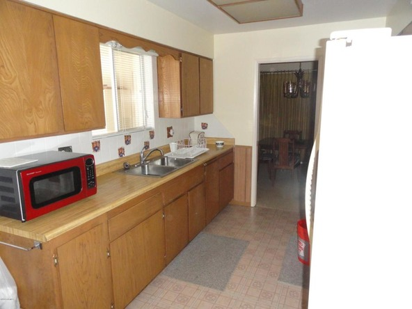 10438 W. Mountain View Rd., Sun City, AZ 85351 Photo 2