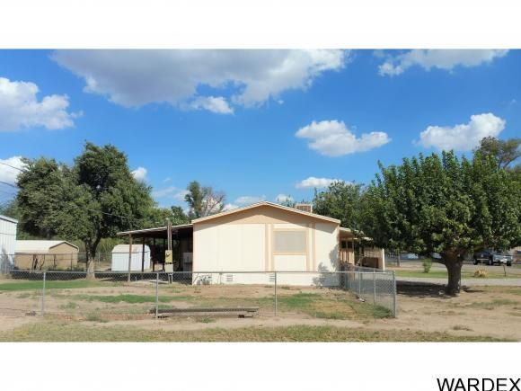 1875 E. Tin Way, Mohave Valley, AZ 86440 Photo 2