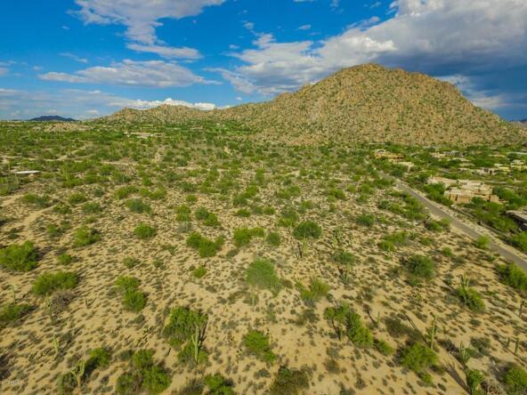 9320 E. Jomax Rd., Scottsdale, AZ 85262 Photo 17