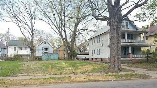 Claiborne, East Cleveland, OH 44112